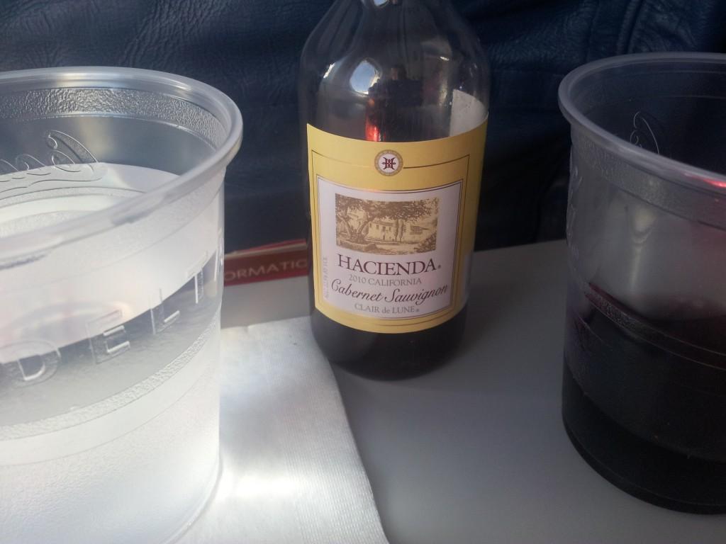 Väike vein lennukis!