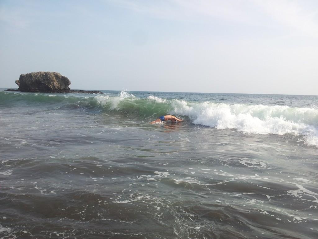 Ookean ja mäng lainetega ...!