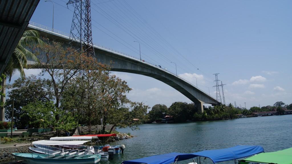 Kurikuulus sild Rio Dulce-s!