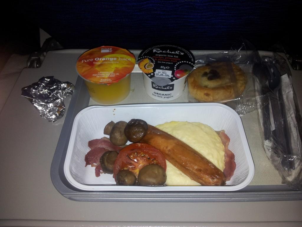 ... hommikusöök lennukis!