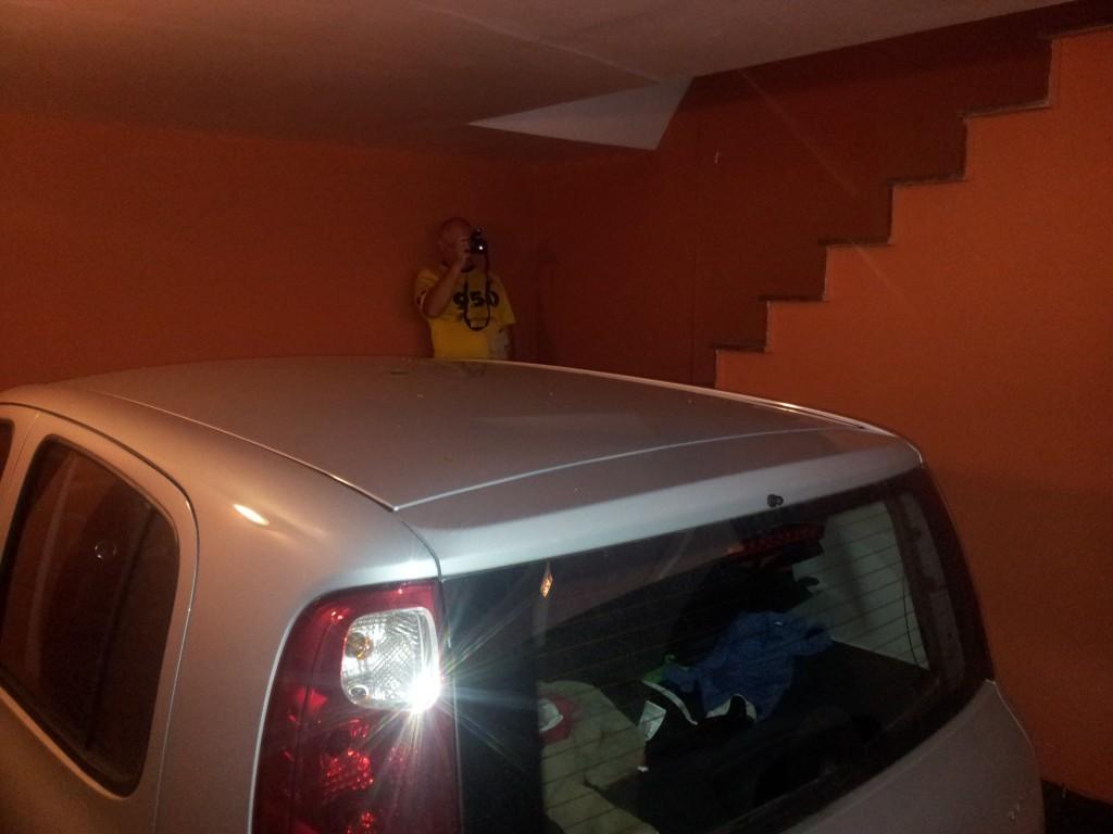 ... garaaž ja trepp tuppa üles!