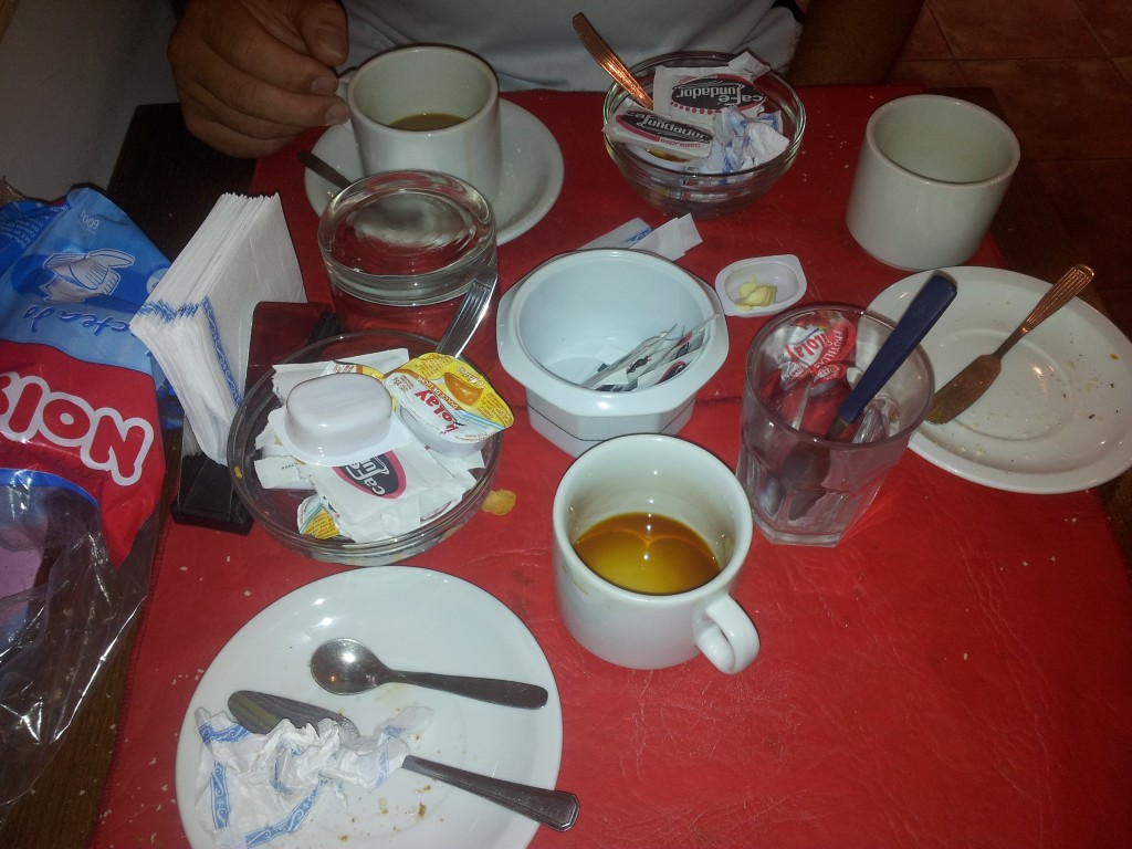 Esimene hommikusöök Buenos Airese-s!