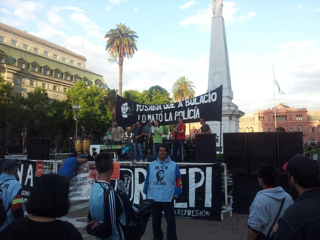 ... osalesime meeleavaldusel - miitingul!