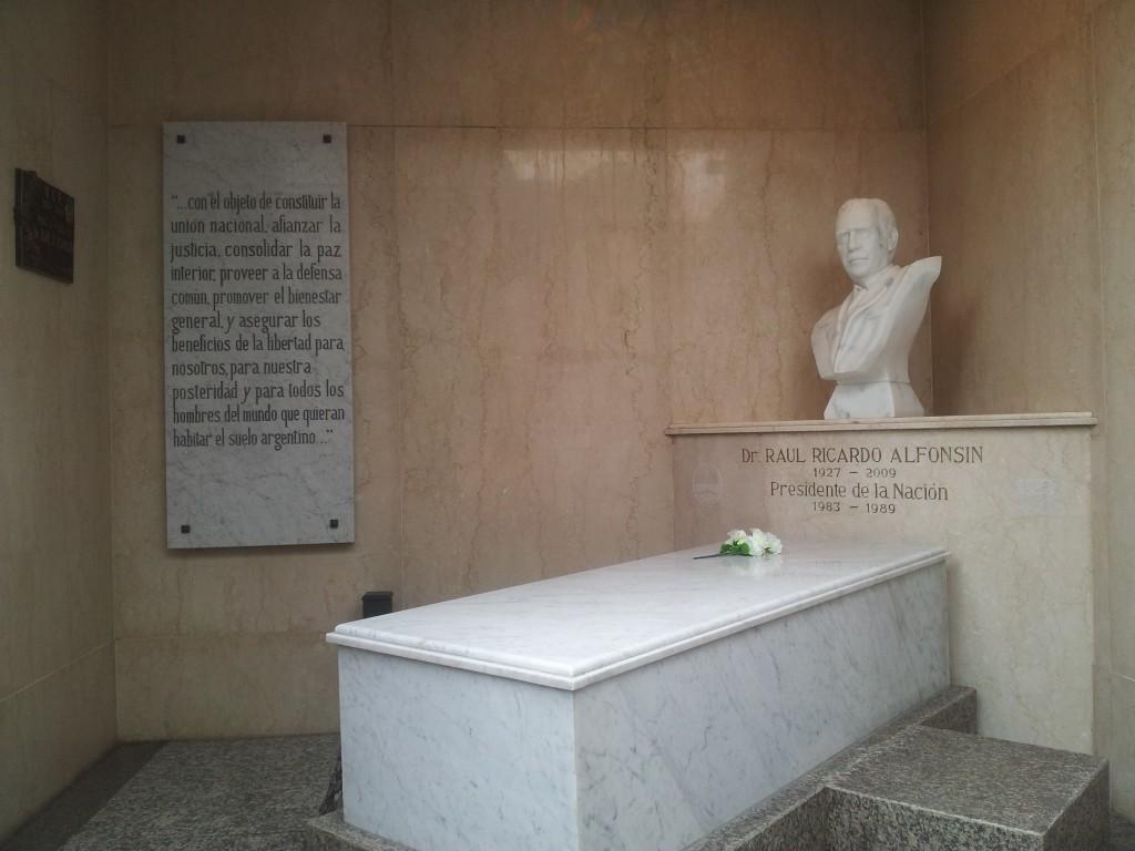 ... presidendi mausoleum!