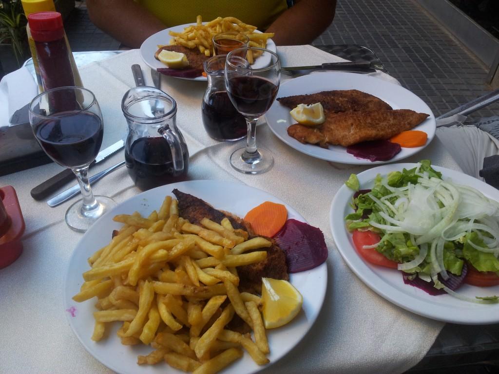 ... õhtusöök restoranis!