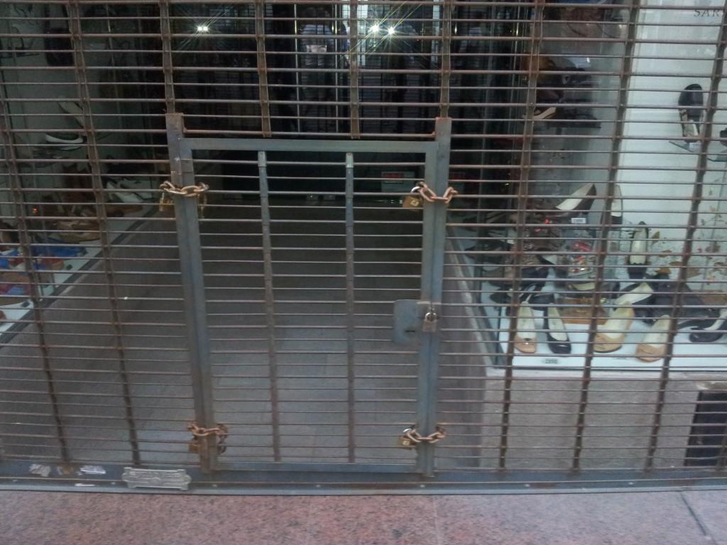 ... need uksed olid mõned mul nabani, kuidas nad sisse käivad ei saa aru aga turvalisus on tagatud!