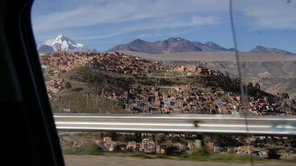 ... La Paz alla orus!