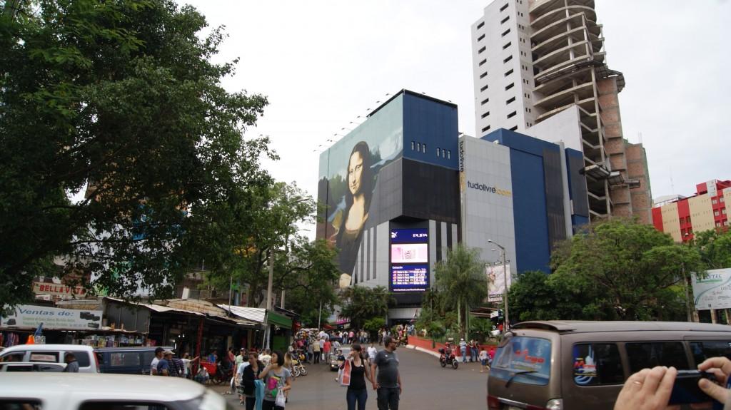 ... Paraguay linn Ciudad del Este! Mona Lisa!