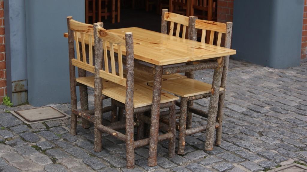 ... kohviku lauad tänaval!